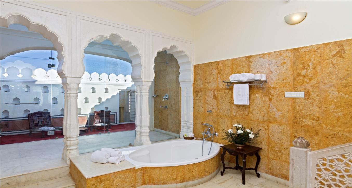 Luxury Accommodations India